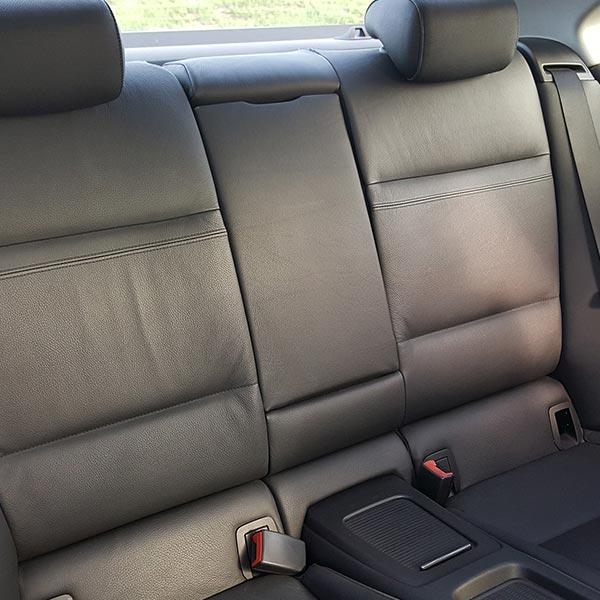 Leder Auto Reinigung Pflege