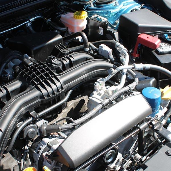 Autoaufbereitung  Reinigung Motor